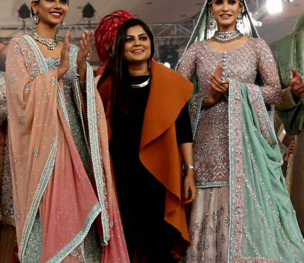 Top 3 Female Pakistani Fashion Designer