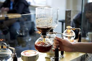 Bagaimana memulai usaha warung kopi agar menguntungkan