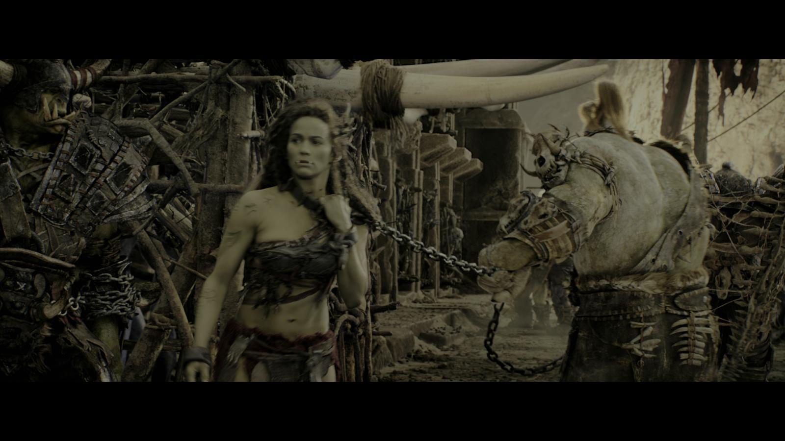 Warcraft: El Primer Encuentro de dos Mundos (2016) 4K UHD [HDR] Blu-Ray Completo captura 1