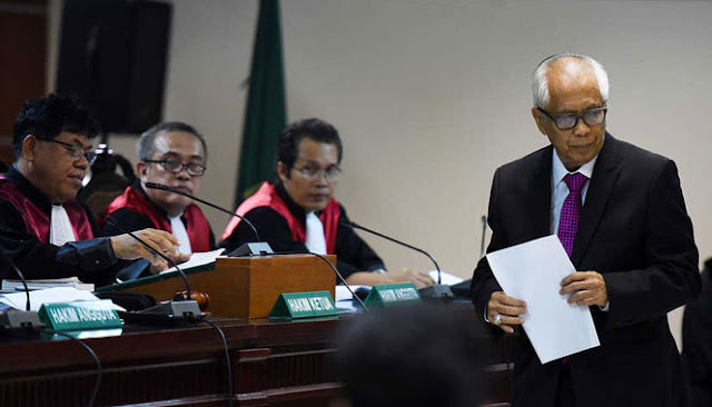 Novel Baswedan Tak Henti Diserang, Kali Ini OC Kaligis Minta Buka Lagi Kasus Burung Walet