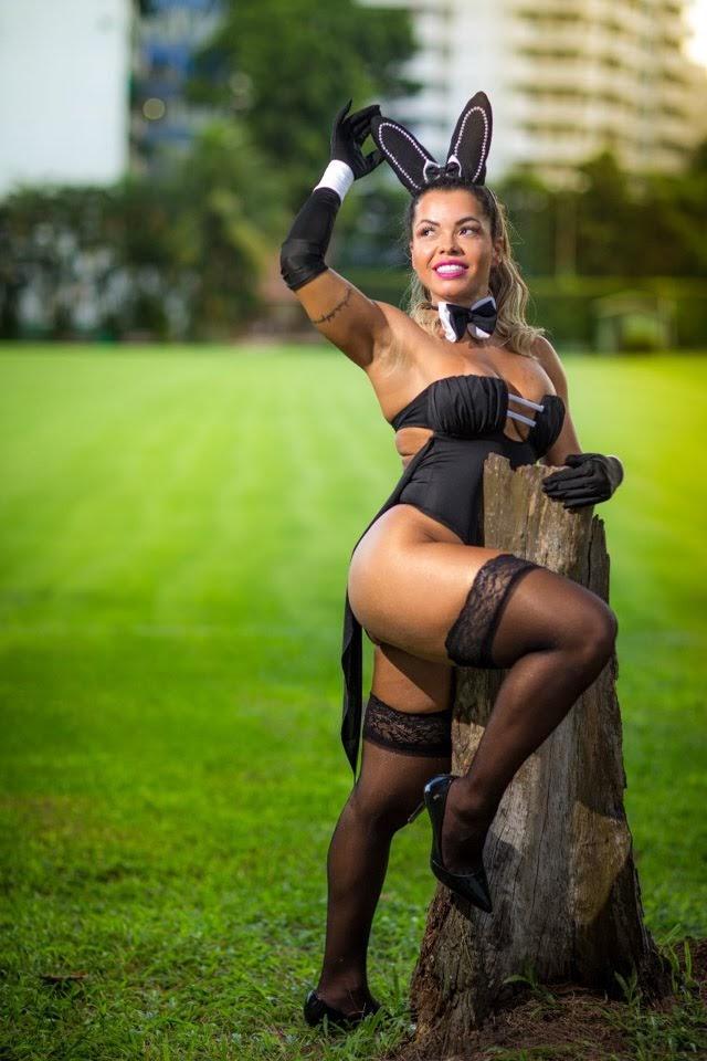 Michelly Boechat posa de coelhinha para ensaio sensual. Foto: Rodrigo Gorosito
