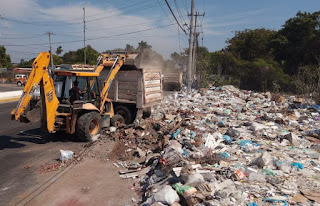Retiran más de 60 toneladas de escombro en el poblado de Llano Largo
