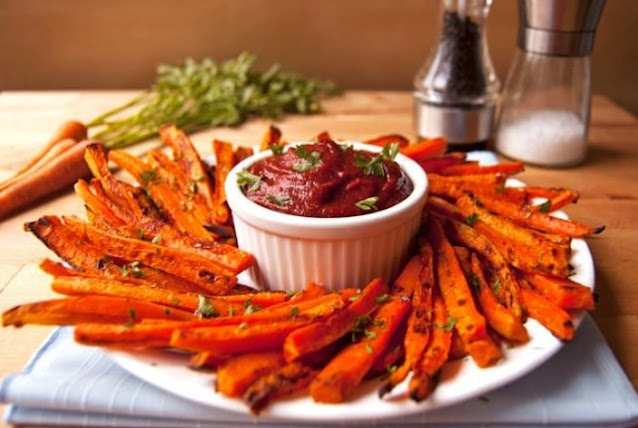 Easy Baked Carrot Fries Recipe (Paleo, Vegan, AIP) #healthy #recipes
