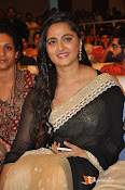Anushka at Lingaa Successmeet-thumbnail-3