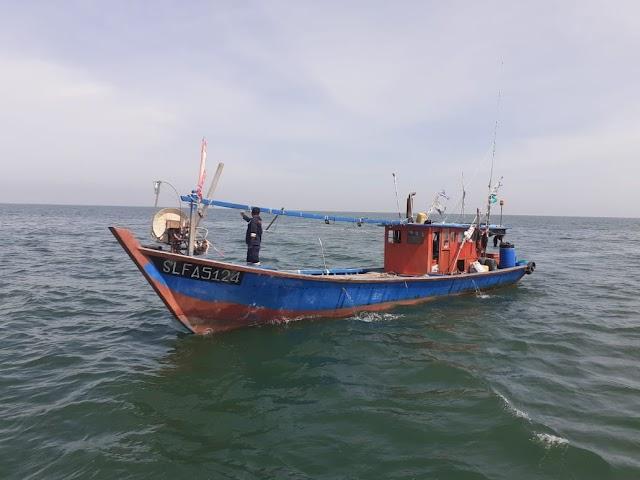 Kementerian KP Tangkap 2 Kapal Ikan Asing Ilegal