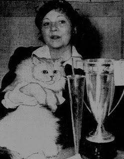 Olive Borden 1945 Cat Show