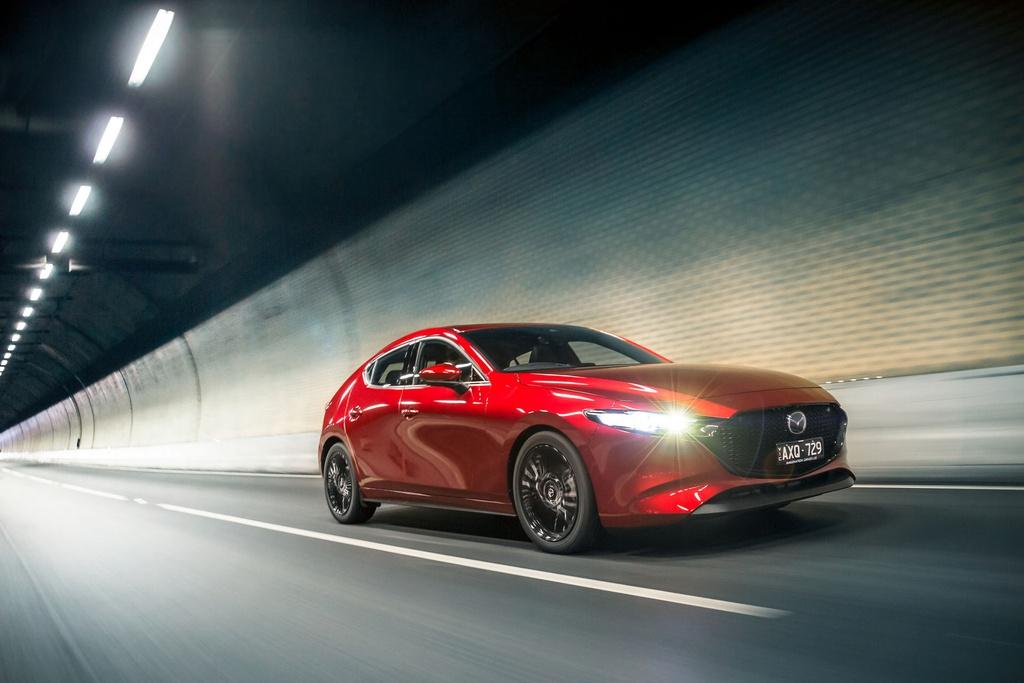 Mazda3 thế hệ mới ra mắt tại Australia, dùng động cơ xăng không bugi