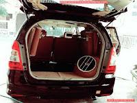 foto sewa mobil interior