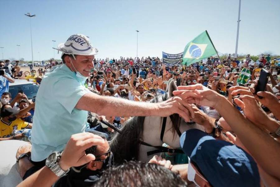 """Bolsonaro fala para multidão no Nordeste: """"Temos um só objetivo, é o Brasil"""""""