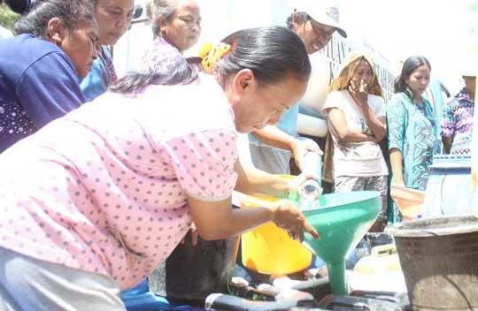 warga krangkeng minta distribusi air bersih