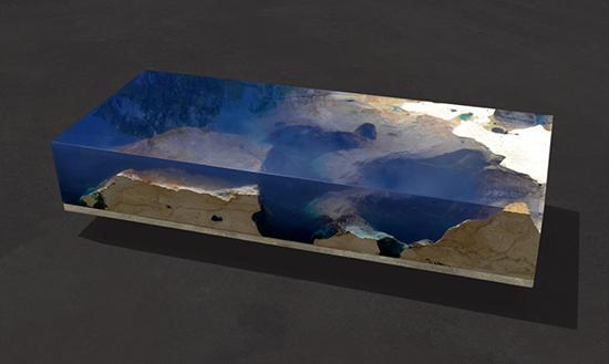 Ide meja inspiratif super keren dengan bahan epoxy dan batu marmer
