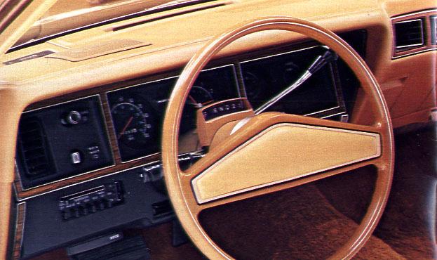 Old Cars Canada: 1977 Dodge Monaco and Royal Monaco