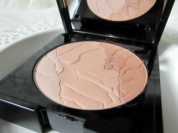 ALCINA Sun Kiss Powder (Bronzer) - 10g - 19.95 Euro - Prägung