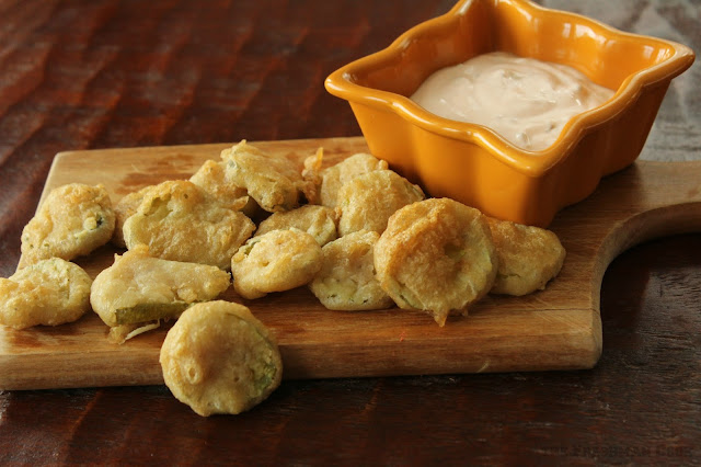 bread and butter pickles, battered, dipping sauce