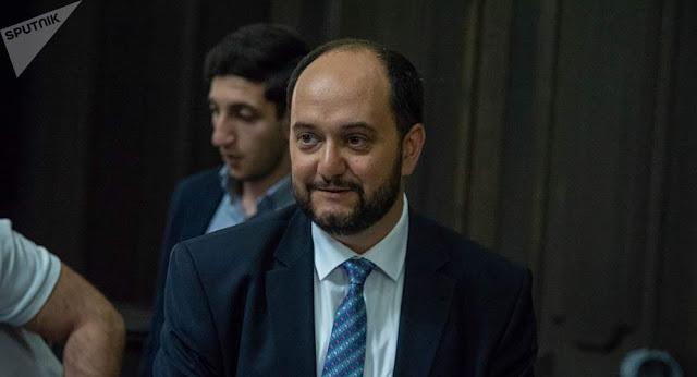 Armenia preocupada por lo que se enseña en las escuelas en Georgia