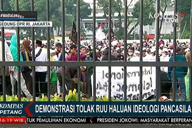 Kementerian PPPA Mendesak Kepolisian Usut Terlibatnya Anak Pada Demo RUU HIP di Gedung DPR