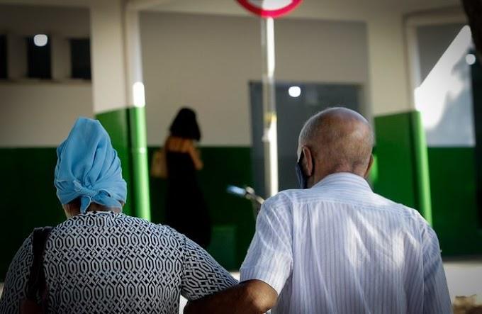 Pais idosos denunciam filha por maus-tratos e pedem ajuda para expulsá-la de casa
