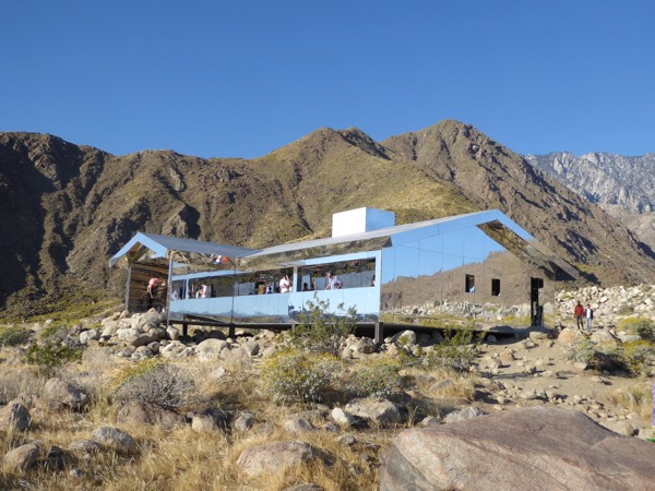 doug aitken s mirrored mirage house making a desert spectacle in rh jasoninhollywood blogspot com mirror house palm springs location mirror house palm springs closed