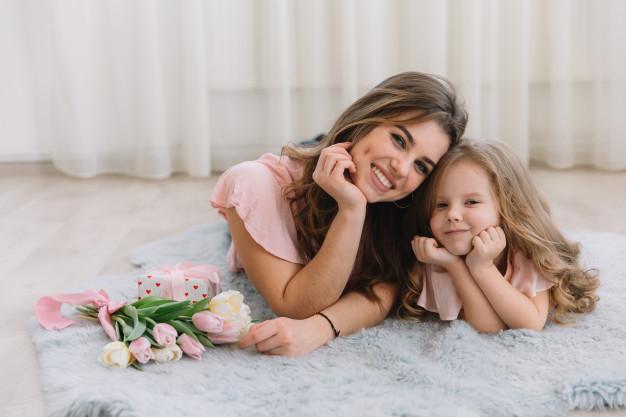 صحة الام والطفل - مراحل نمو الاطفال والتربية الصحيحة