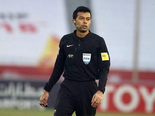 """Trọng tài 'ác mộng"""" cầm còi trận U23 Việt Nam - U23 UAE"""