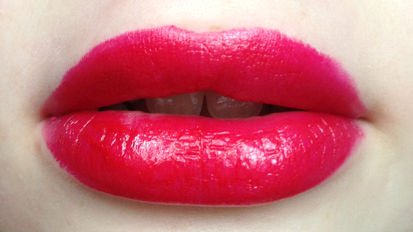 Clinique Cherry Pop Lip Swatch