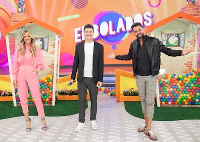Ticiane Pinheiro, Rodrigo Faro e Latino. Crédito: Edu Moraes/ Record TV