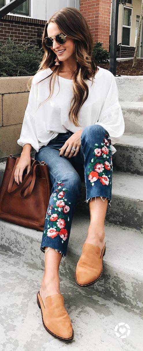 stylish look | white sweatshirt + embroidered jeans + bag + loafers