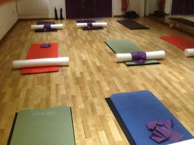 Build Your Core with Pilates - Join Pilates Classes in Chiswick
