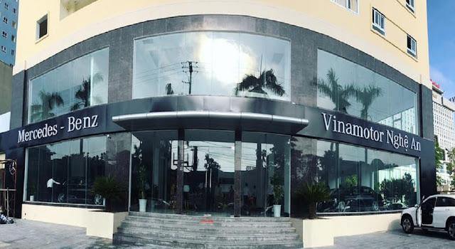Mercedes Vinh Nghệ An tọa lạc trên diện tích hơn 5.000 mét vuông trong khu đô thị Vinhplaza