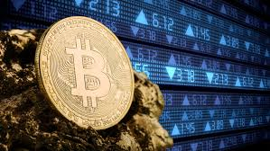 """Le bitcoin explose à quelques jours de son très attendu """"halving"""""""