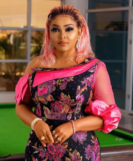Nollywood-Actress-Mercy-Aigbe-Shares-Throwback-Photo-of-Her-Graduation-in-2002-Teelamford