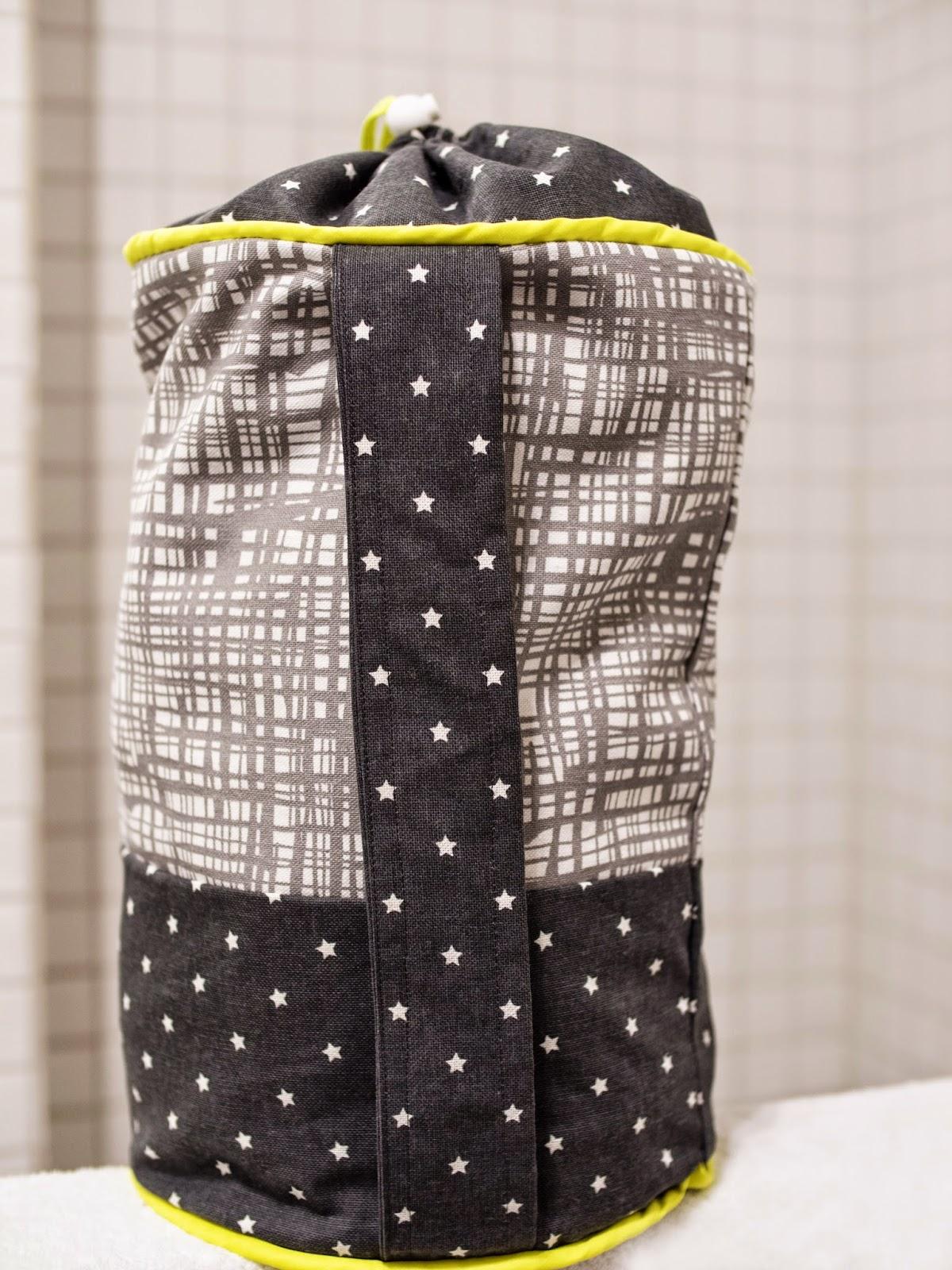 n hblog 39 sauber eingef delt 39 kinder seesack n hen. Black Bedroom Furniture Sets. Home Design Ideas