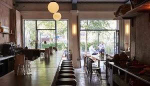 Restoran Jolene, All Day Bakery Meletakkan Carbs Center Peringkat