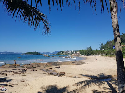 Praia da Ilhota em Itapema