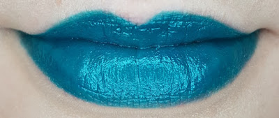 Avon mark. Epic Lipstick in Mermaid Tale lip swatch