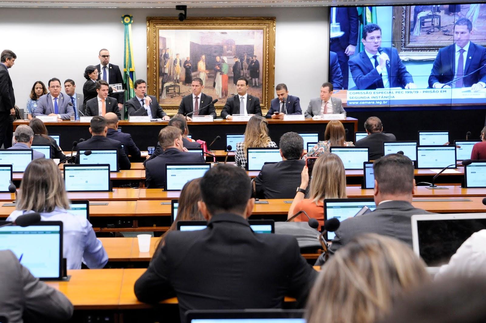 Ferrari sugere, comissão aprova e Sérgio Moro vai à Câmara debater prisão em 2ª instância