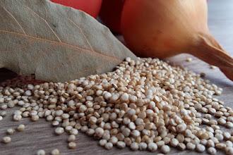 Ce vitamine contine quinoa? Valori nutritionale si calorii