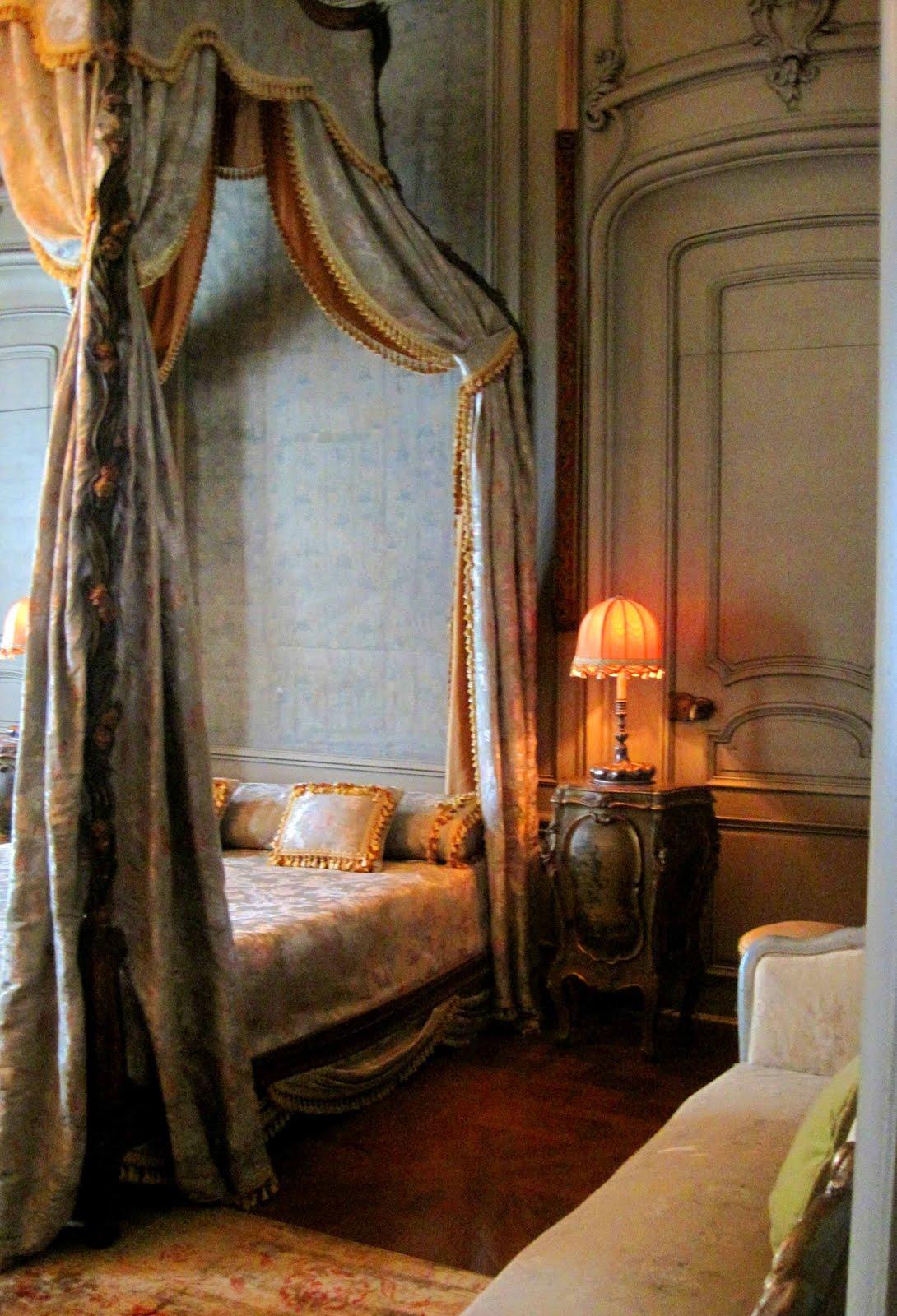 Parisian Romantic Bedroom