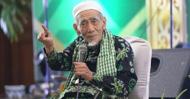 Mbah Moen ke Saudi untuk Ibadah Haji, Wafat di Salah Satu RS Mekah