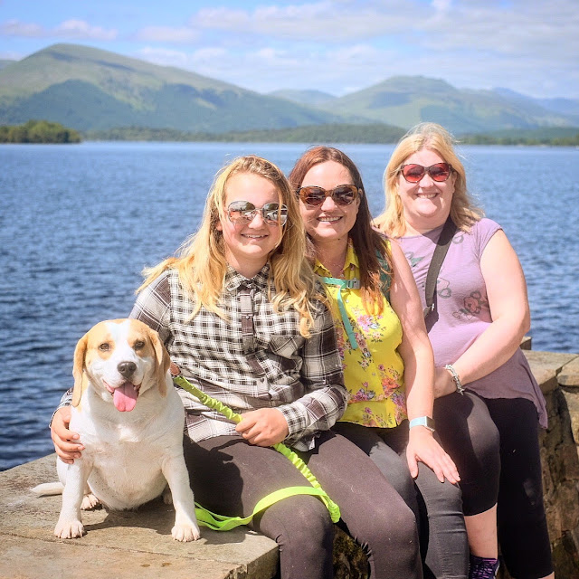 Overwhelm, being surrounded by beautiful people at a time where I can't help myself, Mandy Charlton, Photographer, Blogger, Writer, mental health, work, life business, the secret