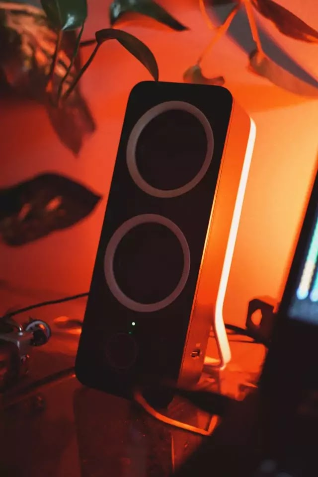 Jbl Partybox300 Vs Sony XB90 who Rules in the sound and music area