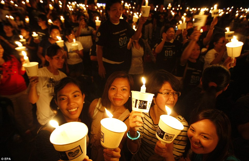 Philippines joins Earth Hour 2012