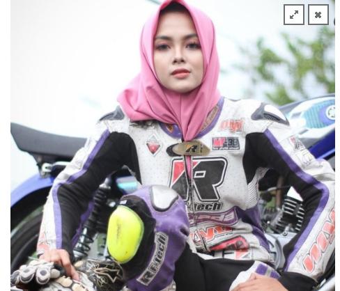 Gadis Balap Kintan Mary Tetap Semangati Pembalap Muda Indonesia