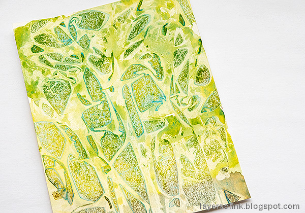 Layers of ink - Heart Background Card Tutorial by Anna-Karin Evaldsson. Watercolor and cling wrap.