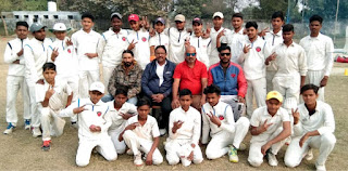 क्रिकेट एकेडमी वाराणसी को हराकर जौनपुर क्रिकेट फाउण्डेशन ने जीता मैच | #NayaSaberaNetwork