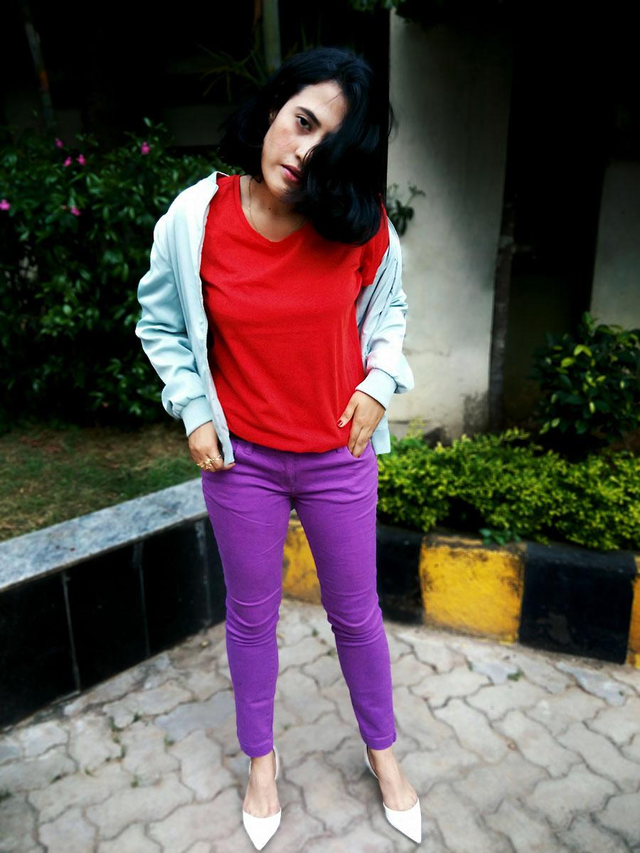fashion blogger, zara kitten heels, red top ,lavender denim
