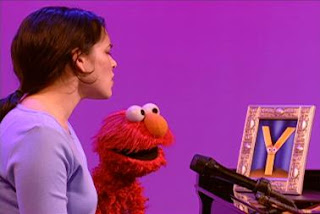Norah Jones sings Don't Know Y with Elmo. Sesame Street The Best of Elmo 3