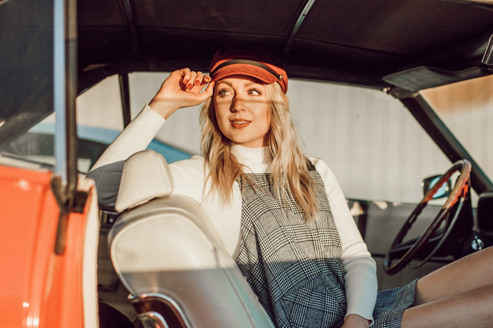 Photoshoot in a vintage car