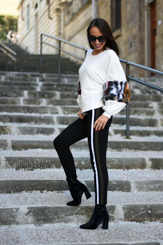 pantaloni riga laterale