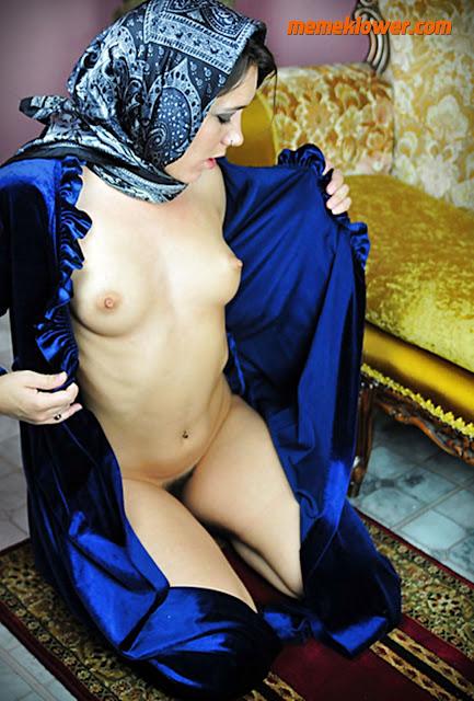 foto-bugil-sexy-wanita-jilbab-hot-7
